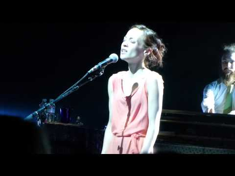 "Fiona Apple - ""Sleep To Dream"" Live 8/14/2012"