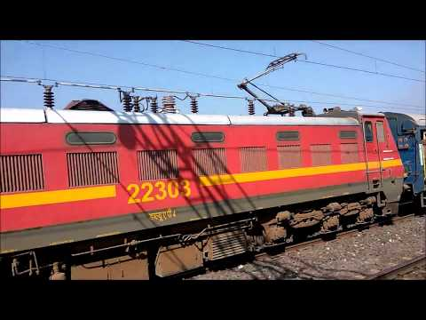 Parallel with 22911/Shipra & 12308/Jodhpur Express while approaching to Howrah Station
