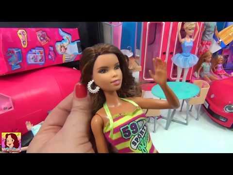 BARBIE Duas Malas da Barbie UAU ! Carro Piscina Palco Avião e muito mais #Barbie #AmoBarbie