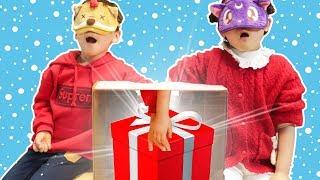 박스안에 어떤 장난감이 들어있을까? 촉감놀이해봐요! 산타할아버지 선물 복불복 크리스마스선물~! - 마슈토이 Mashu ToysReview