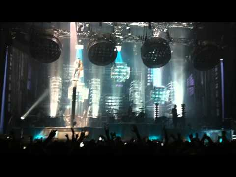Rammstein - Ich Tu Dir Weh - Live Toronto 2011 HD