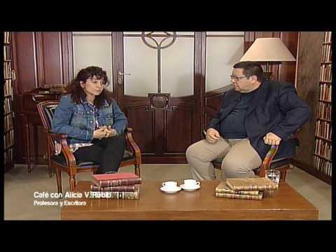 Café con... Alicia Rubio, profesora y escritora