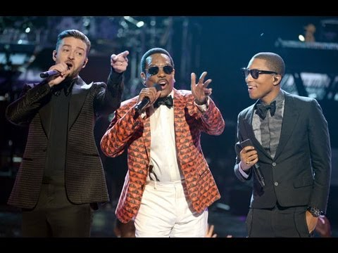 2013 BET Awards Review: Charlie Wilson Slayed The Stage!!!