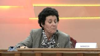Repeat youtube video E diela shqiptare - Shihemi në gjyq (8 dhjetor 2013)