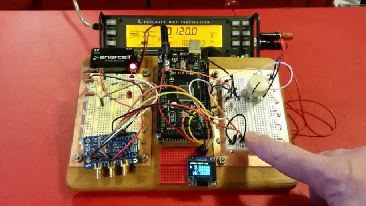 Triple Frequency VFO On A Bamboo Breadboard | Hackaday