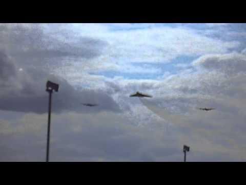 Avro 3 Sisters at RAF Marham 21/08/14
