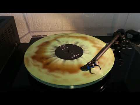 "pg.lost - Versus on 12"" ""Forest Sunburst"" Vinyl Full HD Recording"