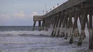 Furacão Florence perde força ao se aproximar do litoral dos EUA