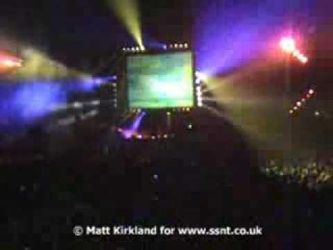 WOW !! DJ Tiesto visit Ferry Corsten playing Gouryella at Gatecrasher Ice