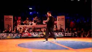 Streetstar 2012 Popping Final: Baby Bang and Spazm vs Greenteck and Devious