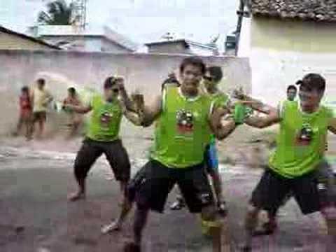 TURMA DO TODDYNHO  Dança Do Siri 1    01/02/2008