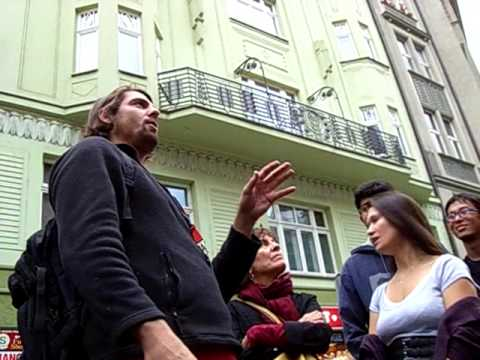 Prague: Isaac - funniest tour guide ever (8) - How to build a cemetery