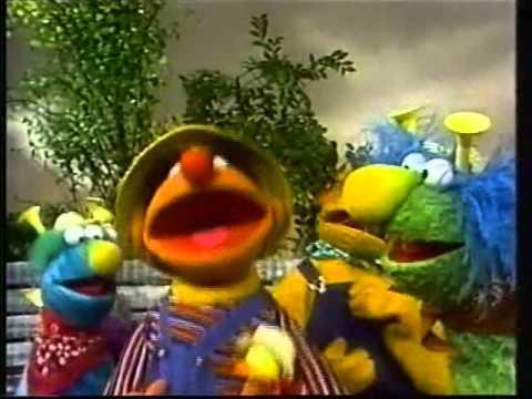 Sesamstraße - Das Quietsche-Entchen-Hupen-Tuten-Lied - Ernie