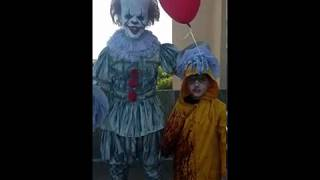 Pennywise and Georgie You'll Foat Too IT 2017