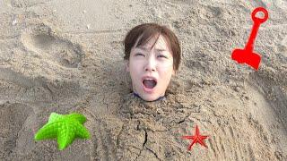 날씨가 더워지고 있어요 서은이와 엄마의 해수욕장 모래놀…