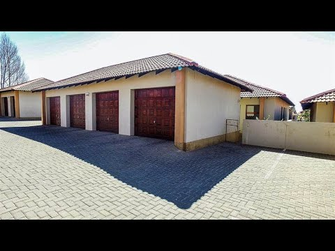 3 Bedroom Townhouse for sale in Free State   Bloemfontein   Woodland Hills   T144251