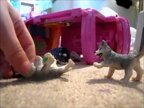 Schleich Wolf movie part 1 ( Pups gone mad)
