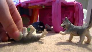 Schleich Wolf movie part 1 ( Pups gone mad)