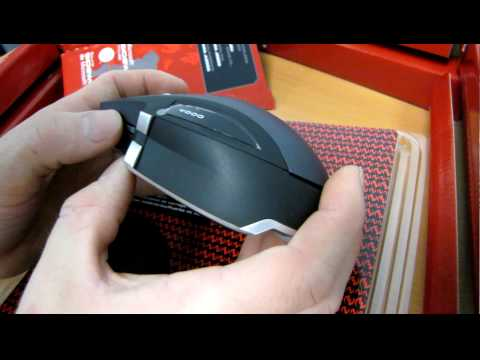 Microsoft Sidewinder X8 Cordless Gaming Mouse Unboxing & First Look Linus Tech Tips
