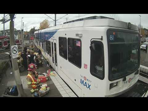 Carson - GRAPHIC VIDEO: Woman runs in front of MAX train, loses leg