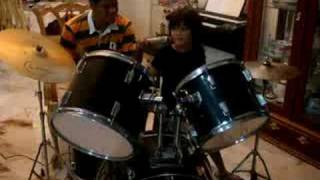 Sempurna - Andra & The Backbone, 6 years old drummer