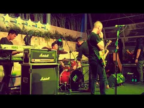 Andra and The Backbone-De Javu,Live Jogja!!!