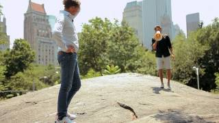 Henke Lundqvist avbryter Alex Schulman i Central Park