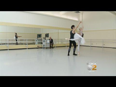 Pittsburgh Ballet Theatre Presents 'Swan Lake'