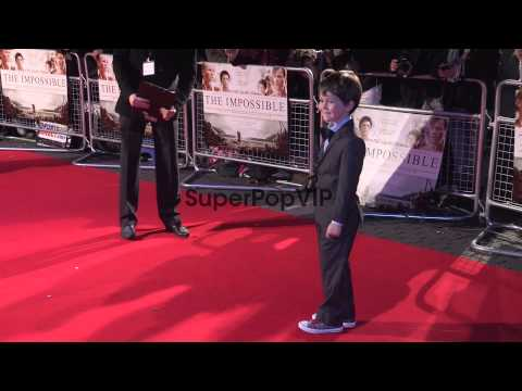 Oaklee Pendergast outside at 'The Impossible' Premiere: O...
