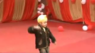 punjabi child dancing  in school function as (ranja)