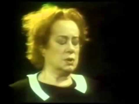 Elsa Lanchester   Catalogue Woman at The TurnAbout Theater