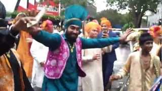 india wedding mumbai barat bhangra dancers & dhol wala call me 9892833280
