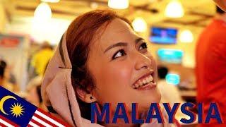 MY FAVORITE MALAYSIAN FOOD! - Delicious Nasi Lemak in Kuala Lumpur