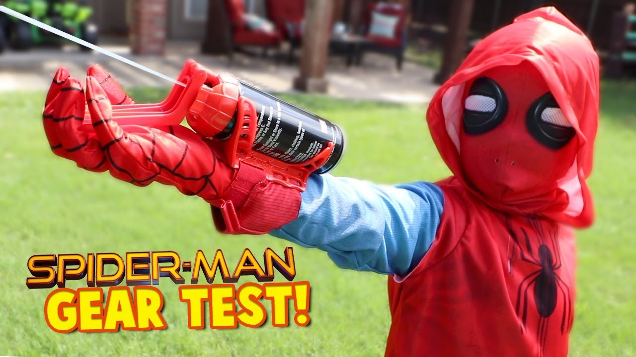 spiderman homecoming movie gear test real web shooter