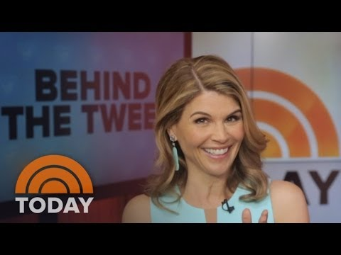 'Full House' Cast Reunion With Lori Loughlin | Behind The Tweet | TODAY