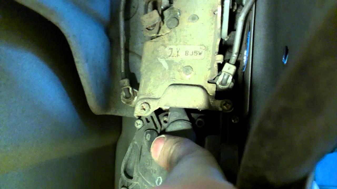mazda 626 не работает замок водительской двери