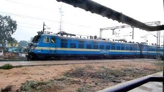 CHATTISGARH SAMPARK KRANTI EXPRESS FLYING THROUGH AMLAI OVERTAKES TWIN ANGUL WAG7 LOCOMOTIVES