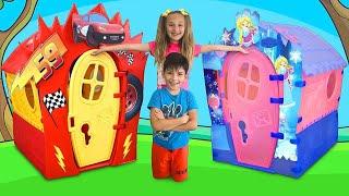 Download Sasha and Max repair colored playhouses Mp3 and Videos