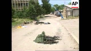 YUGOSLAVIA: KOSOVO: UROSEVAC: KLA  BEGIN HAND OVER OF WEAPONS