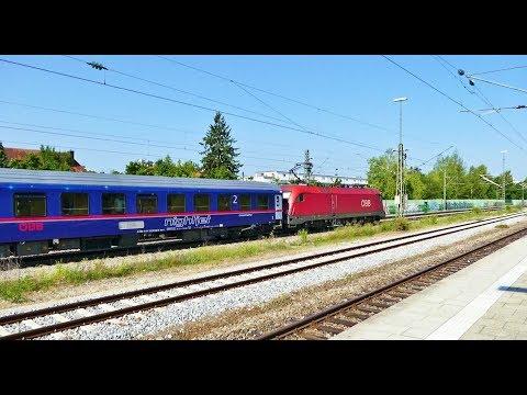Flotte Zugdurchfahrten an der S-Bahn Station München / Haar