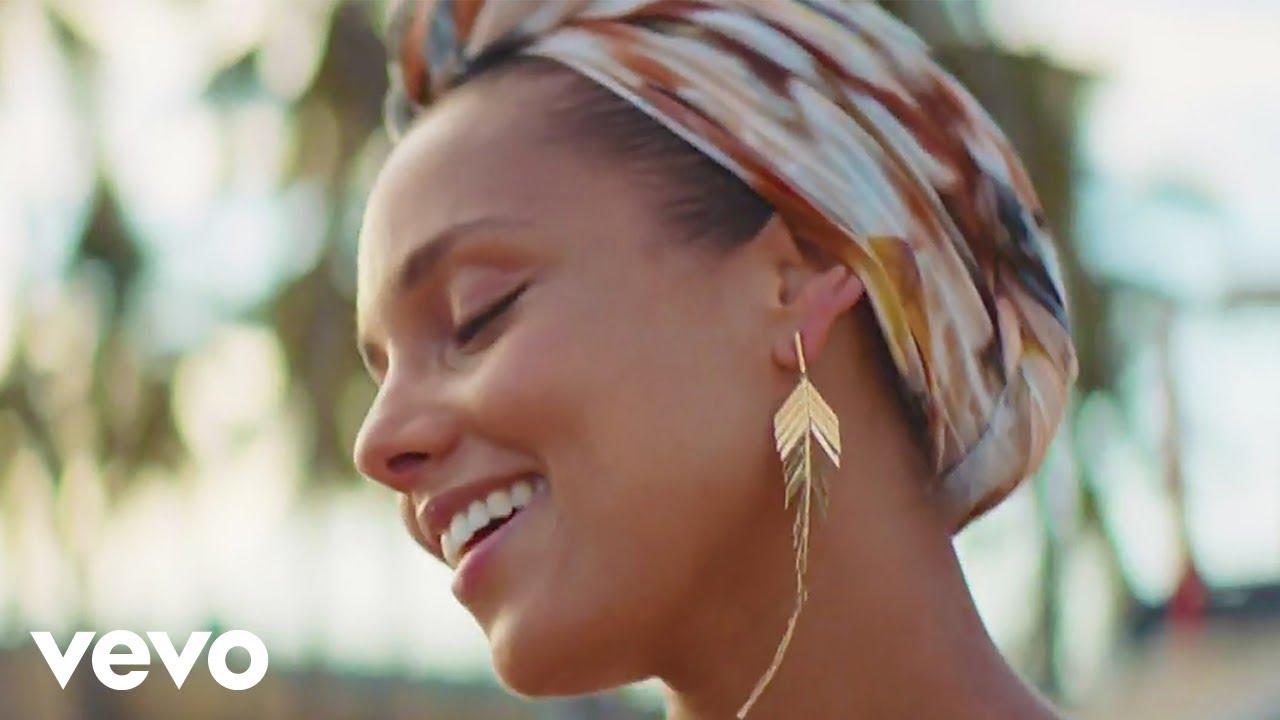 Pedro Capó, Alicia Keys, Farruko - Calma (Alicia Remix - Official Video)