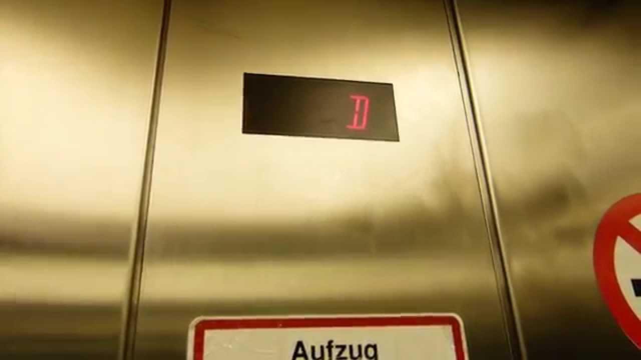 Schindler Traction Elevator At Babenbergerstraße 9 In Viennawien