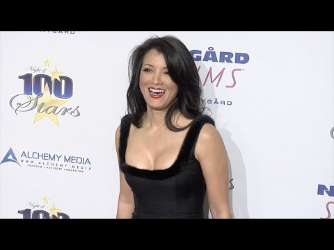 "Kelly Hu ""I got to be pretty heavily medicated to be on DWTS"""