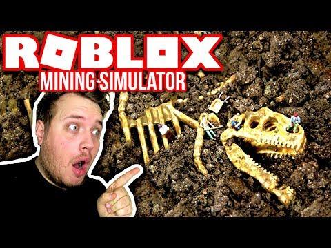 FINDER OG SÆLGER DINO KNOGLER MED MIN NEVØ ☠ :: Mining Simulator Ep. 1 Dansk Roblox