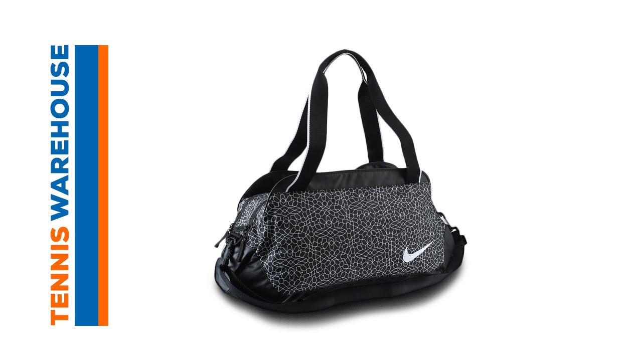 ed1d59077d Nike Legend Club Bag - YouTube