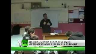 Muslim Schools in Germany Preach Hate / Muslimische Schulen in Deutschland Predigen Hass