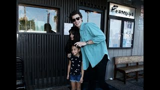 Baixar Camila Cabello and Shawn Mendes  greet Special Fans After lunch!