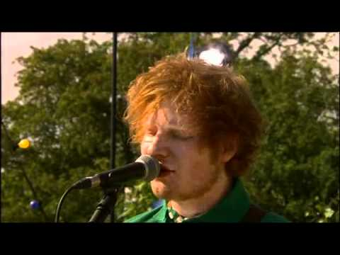 Ed Sheeran - The A Team - Live at Glastonbury Festival 2011 (BBC2) [HQ Audio]