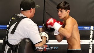 RYAN GARCIA SHOWS EXPLOSIVE RIGHT HANDS & COMBOS TO THE BODY DURING MEDIA WORKOUT FOR SEPT 1 FIGHT!