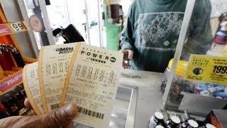 Single ticket wins $400 million Powerball